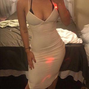 Dresses & Skirts - Ribbed white dress